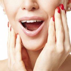 A tênue linha cervical x mandíbula