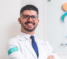 Dr. Caio Marengoni